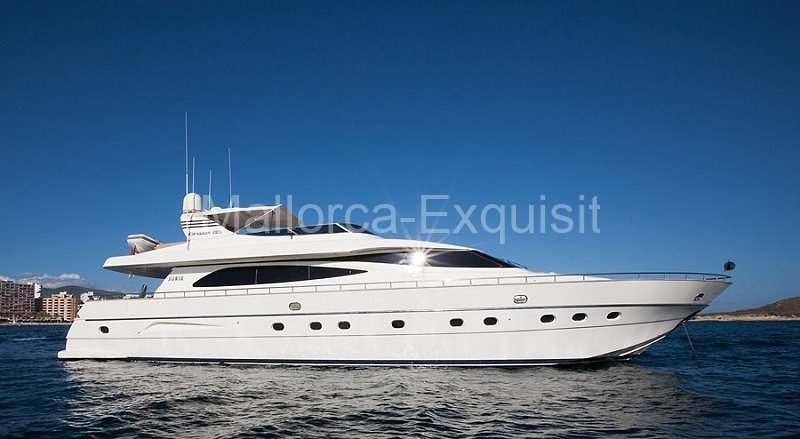 Red Line Yachtcharter Mallorca - Canados-80-S- 01